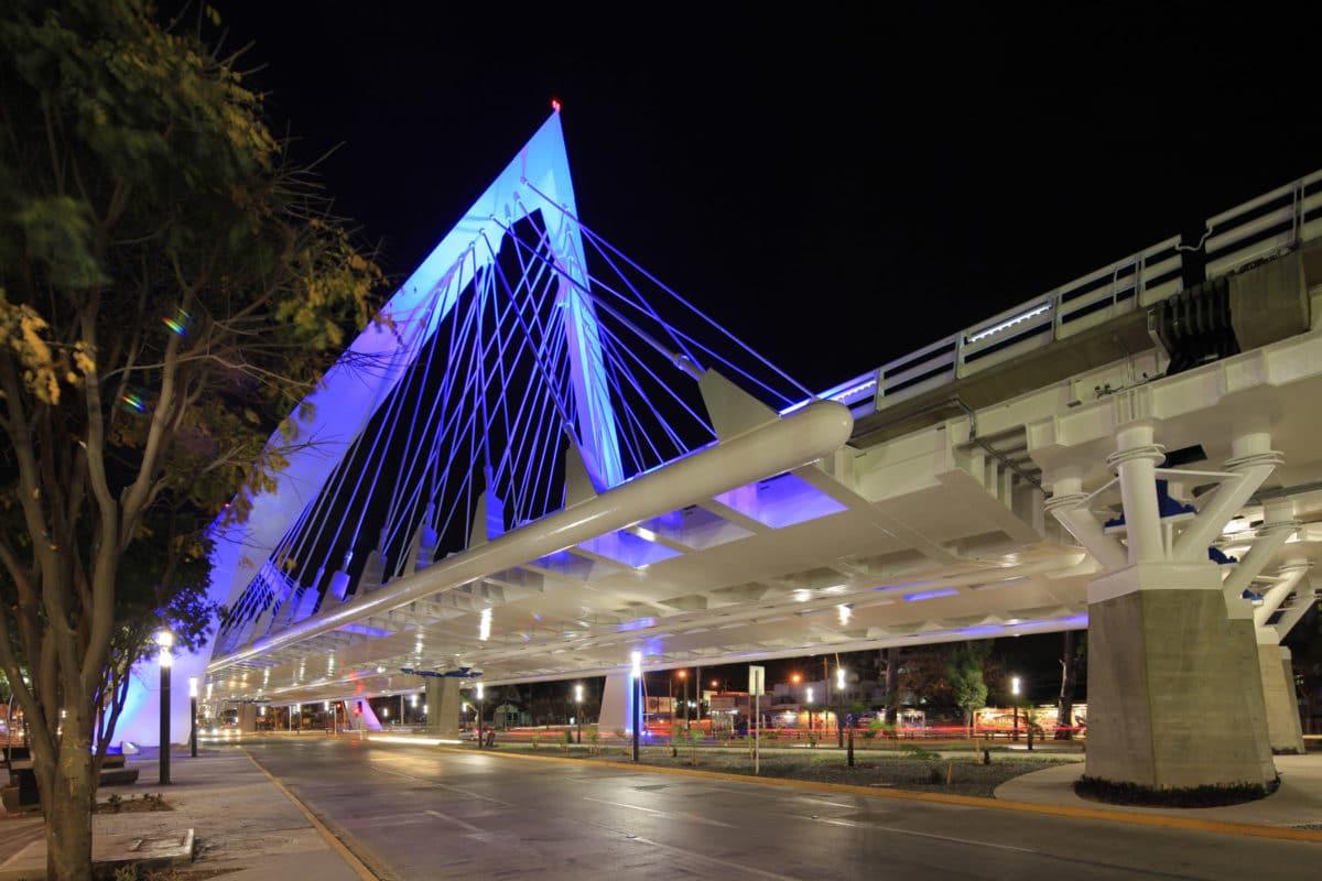 El Nuevo Referente Urbano : EL PUENTE MATUTE REMUS